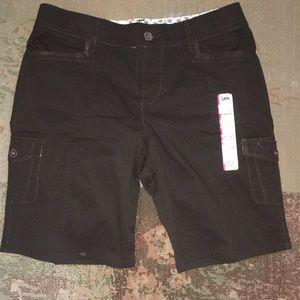 NWT Lee sinfully soft Bermuda shorts Sz 12M black